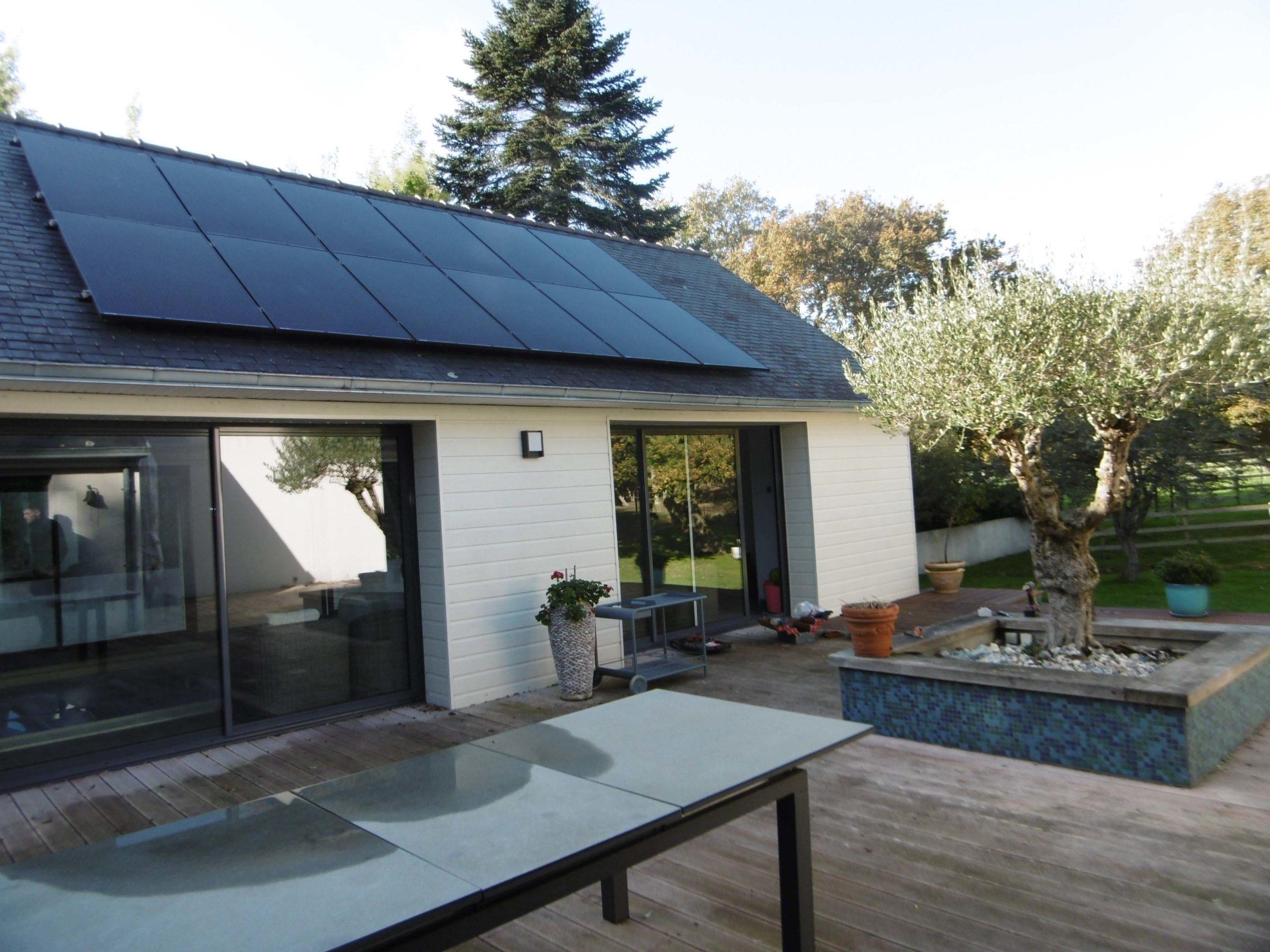 BBS installateur solaire a réalisé ce chantier d'une puissance de 8.7Kw en autoconsommation à Plobannalec-Lesconil