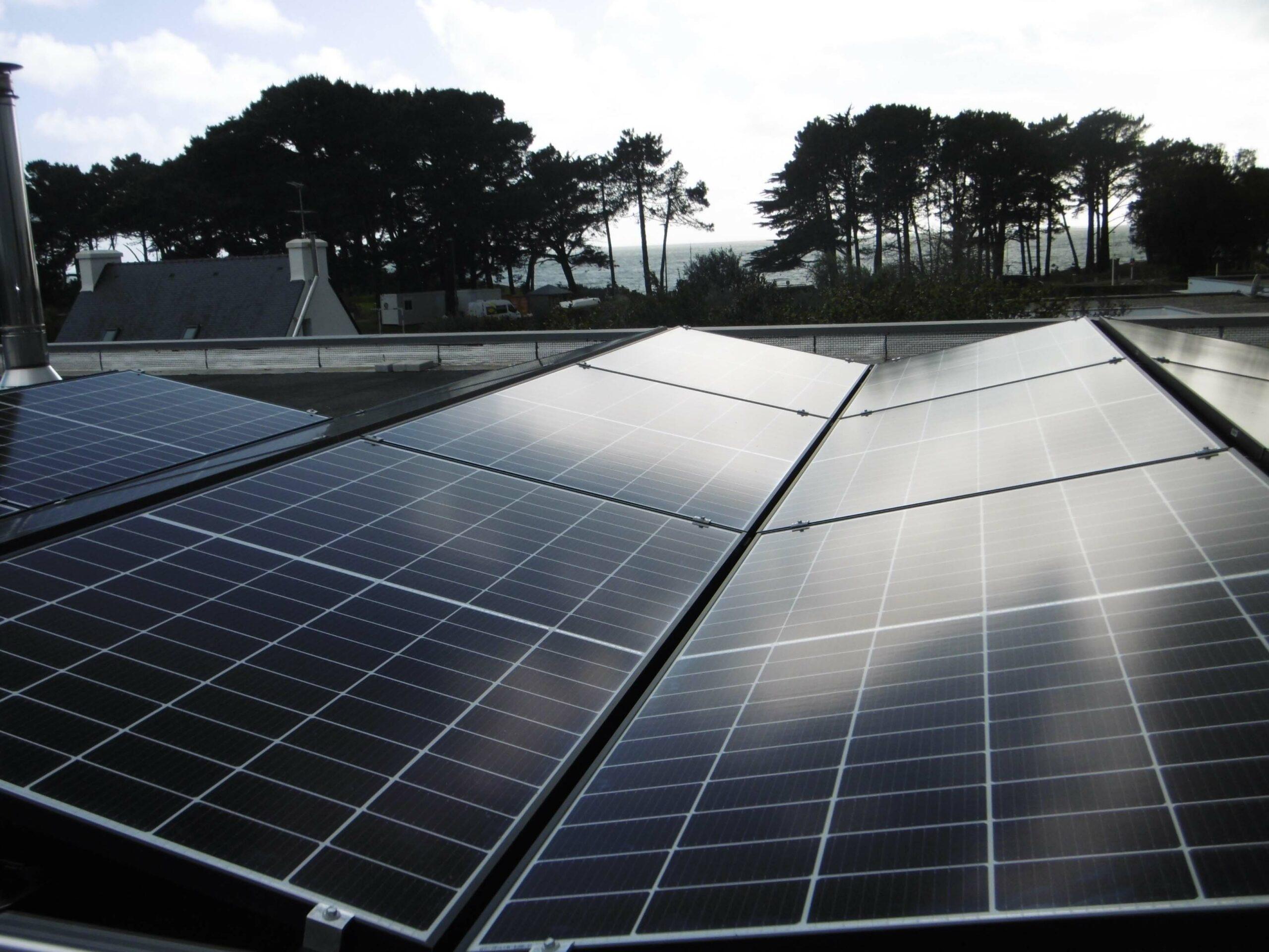 BBS installateur solaire a réalisé ce chantier d'une puissance de 14Kw pour de l'autoconsommation d'énergie à Bénodet.